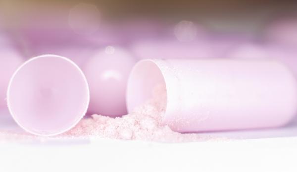 pink capsule and powder