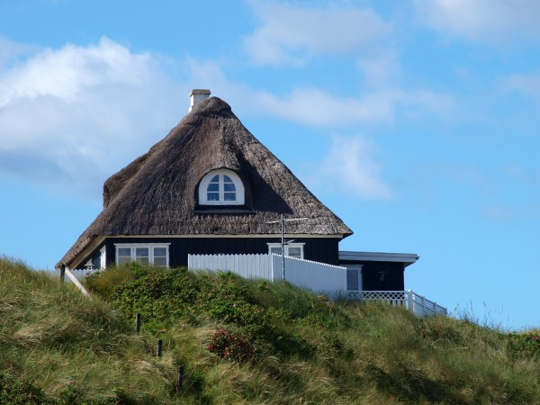 house in sondervig