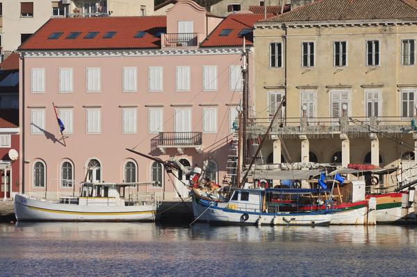 excursion boats mali losinj