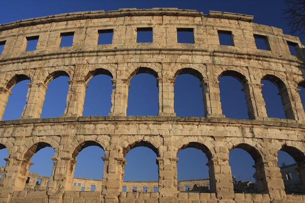 roman amphitheatre pula
