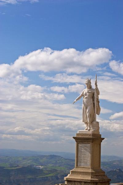statue of liberty in san marino