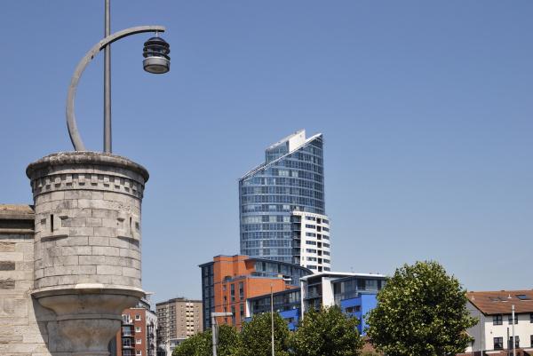 apartment buildings at gunwharf quays