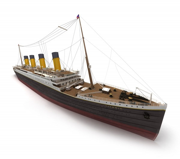 lateral view of the titanic
