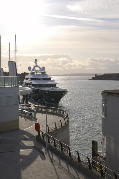 gunwharf quays waterfront portsmouth
