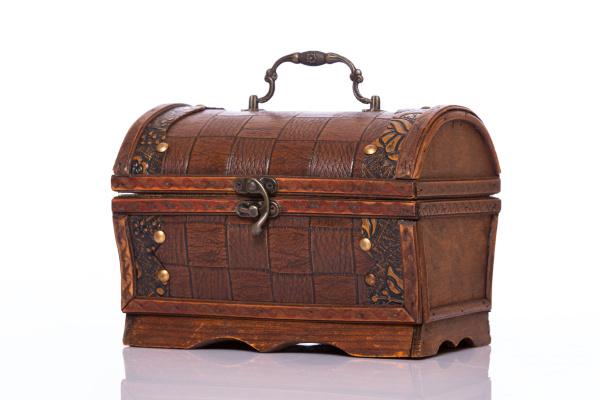wooden treasury case