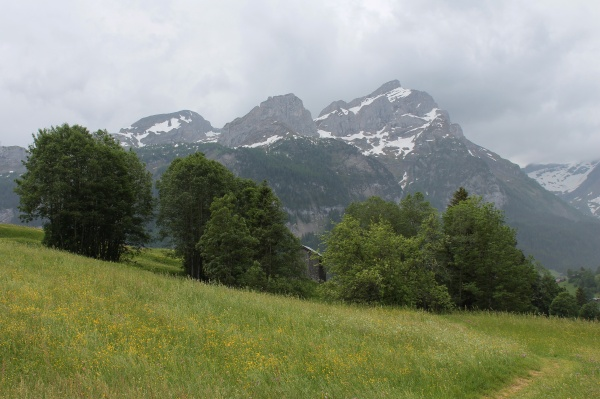 cloudy day in gsteig bei gstaad