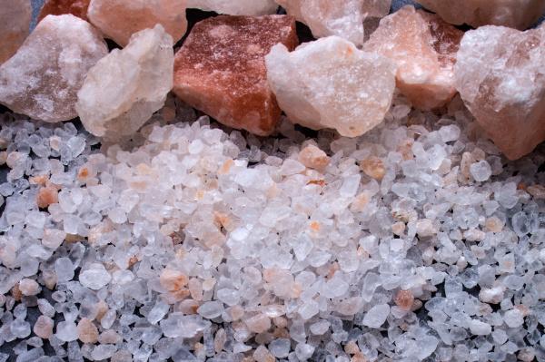 salt chunks and coarse salt