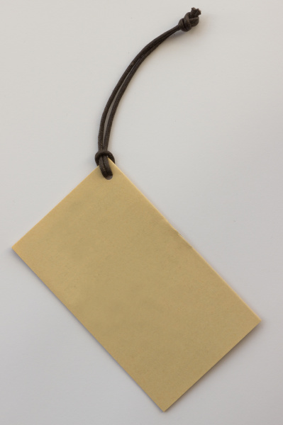 structured label with lateral holes on