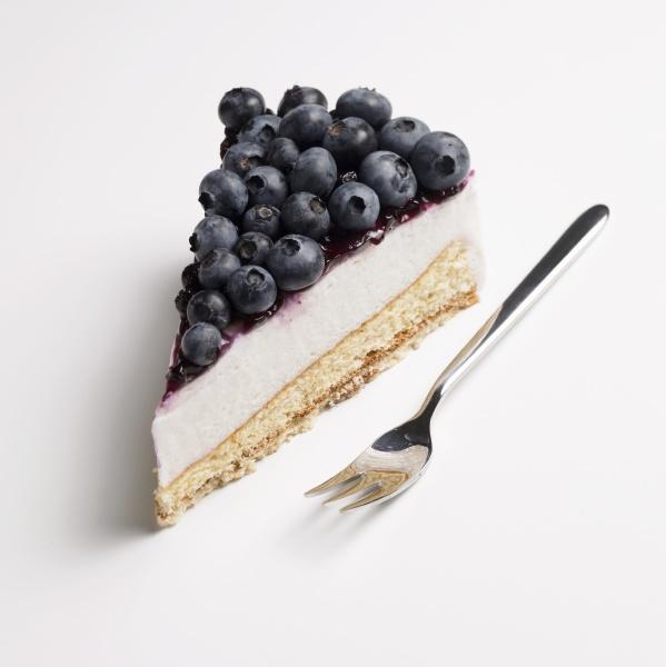 alone berries berry berry cake berry