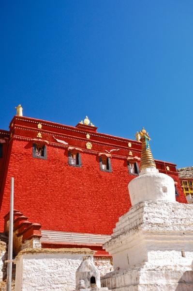 ganden monastery tibet