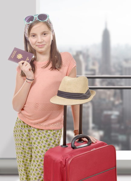 smiling, girl, with, travel, bag, - 16320753