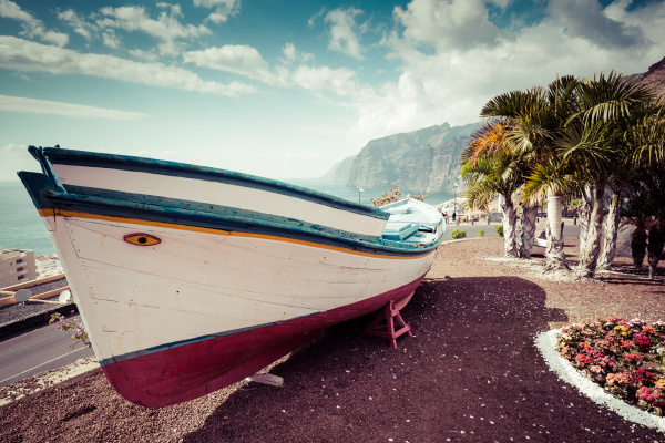 colourful, painted, fishing, boat, near, the - 16356305