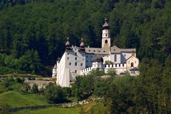 burgeis kloster marienberg burgeis