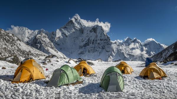 nepal khumbu everest region ama dablam