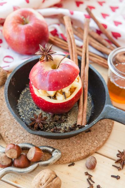 prepare baked apples