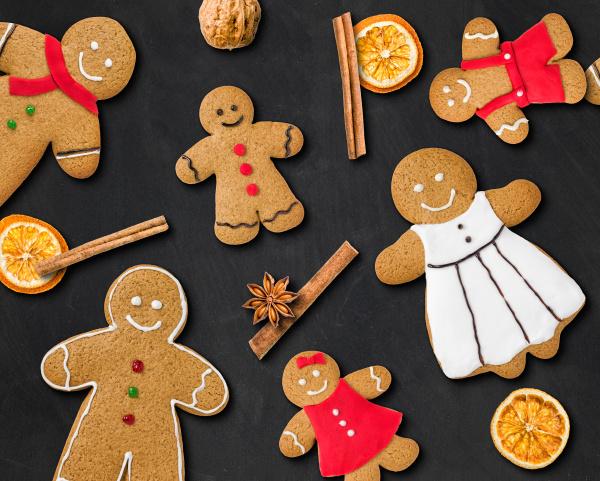 gingerbread family on slate