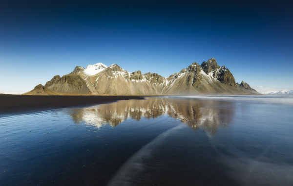 iceland stokksnes peninsula vestrahorn