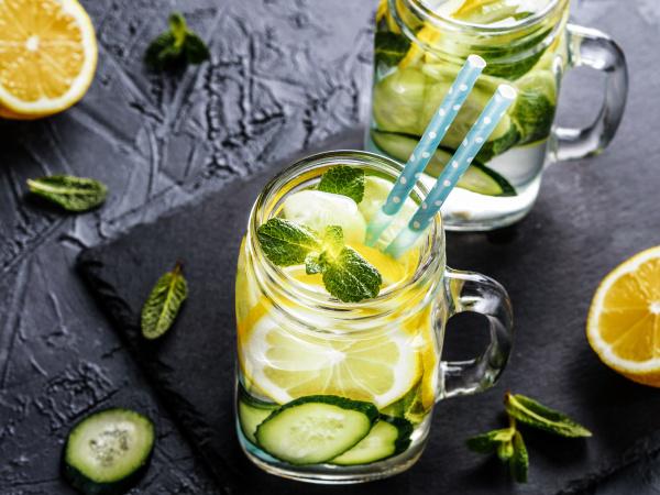 detox water with cucumber lemon
