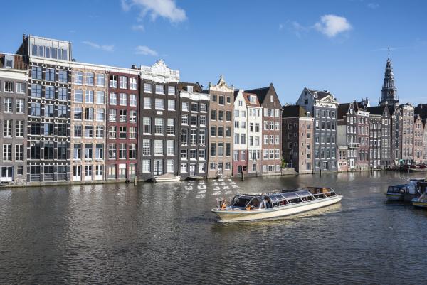 netherlands amsterdam damrak