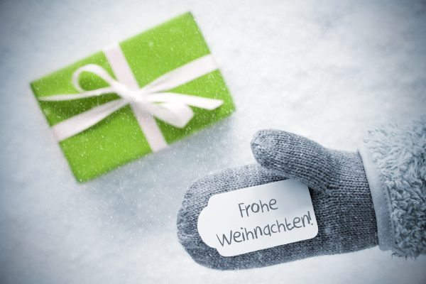 green gift glove frohe