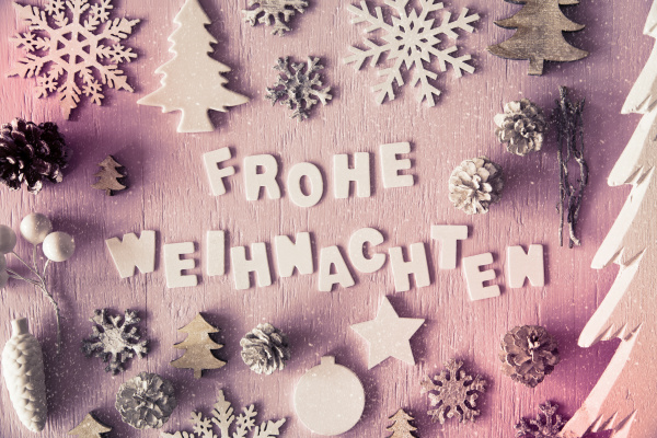 flat lay frohe weihnachten means merry