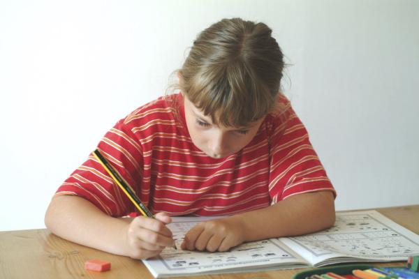 child does her homework