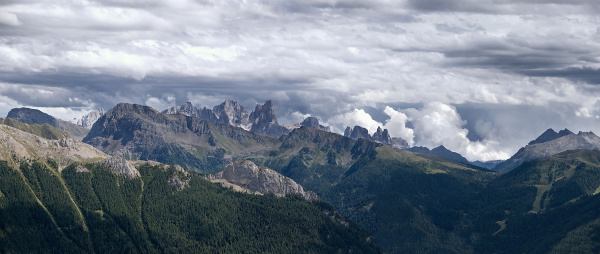 summit panorama of the pale de