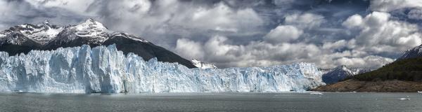 perito moreno glacier off the south