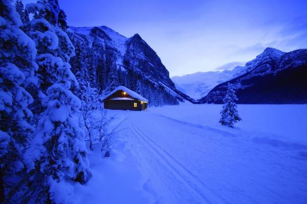 a small cabin banff