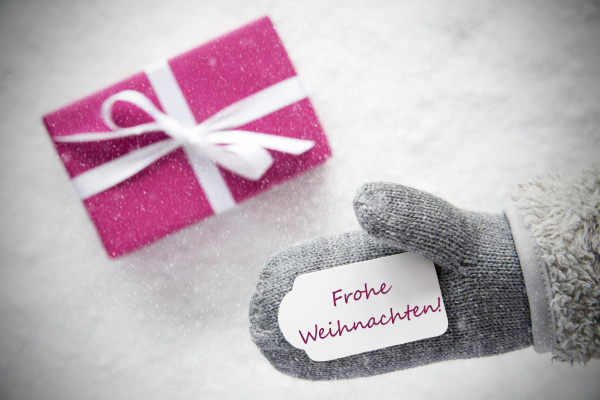 pink gift glove frohe