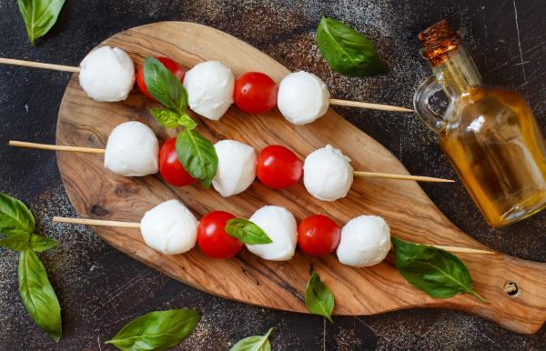 italian cheese mozzarella with tomatoes