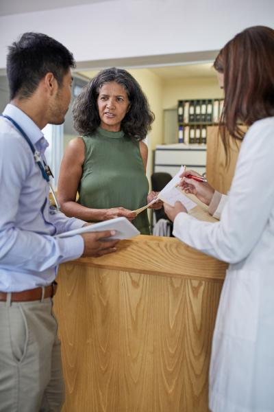 doctors talking in clinic