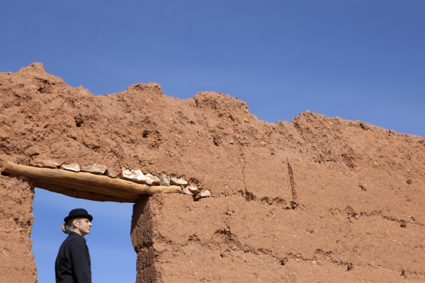 morocco ait ben haddou man wearing