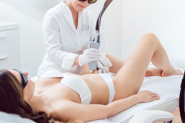 hair removal in bikini zone using
