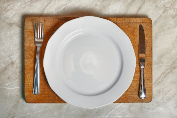 empty plate waiting for food
