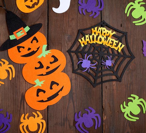 spider and orange pumpkin felt figures