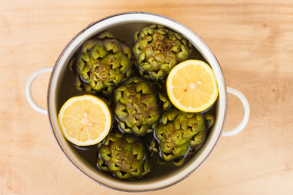artichokes cooked with lemon and salt