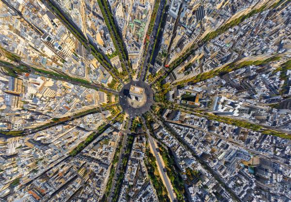 aerial view above the arc de