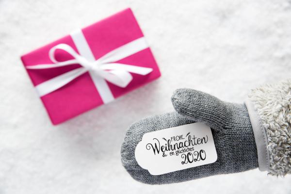 gray glove pink gift label snow