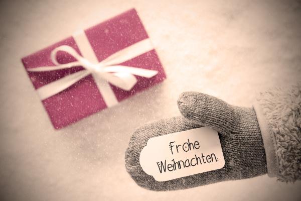 gray glove pink gift