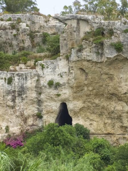ancient syracuse in sicily
