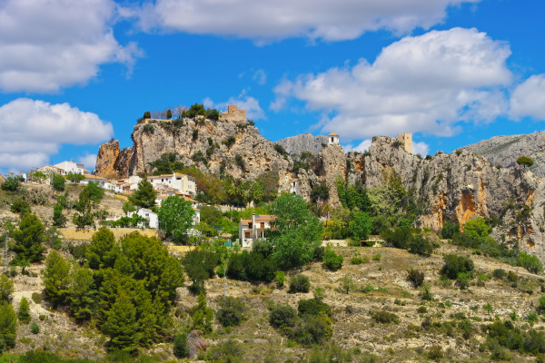 guadalest village in rocky mountains costa