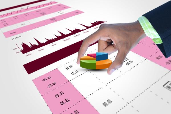 smart hand showing finance pie chart