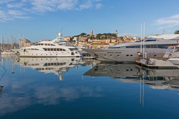 luxury yachts cannes marina