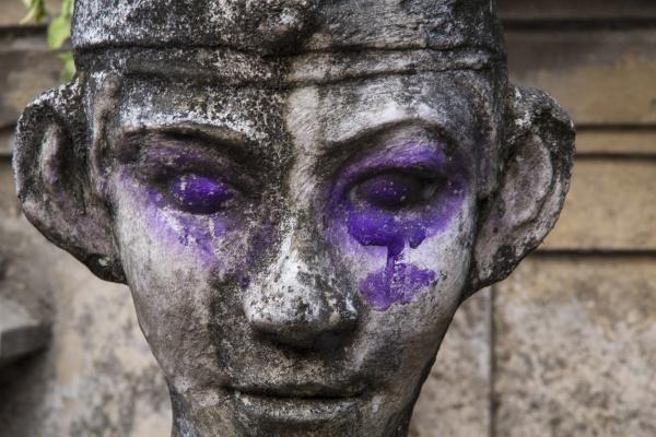 indonesia bali purple dye