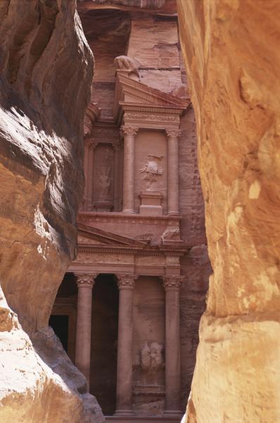 jordan the treasury at petra