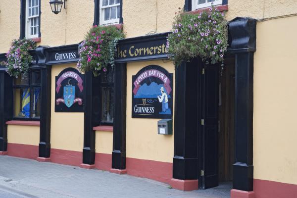 ireland golden exterior of fogartys pub