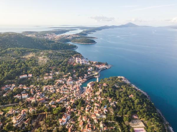 aerial, view, above, of, veli, lošinj - 27929566