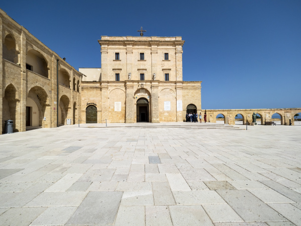italy province of lecce