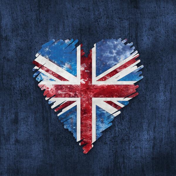 distressed style heart union jack design
